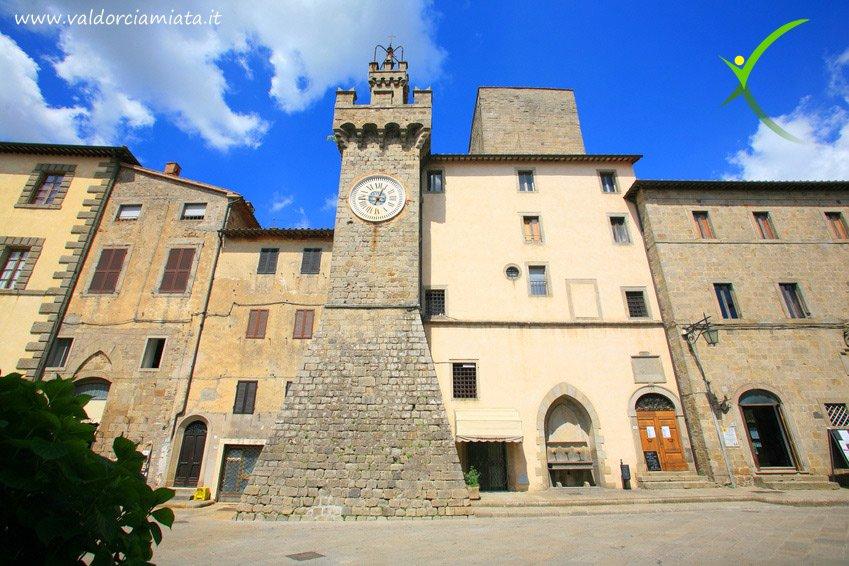 Piazza di Santa Fiora